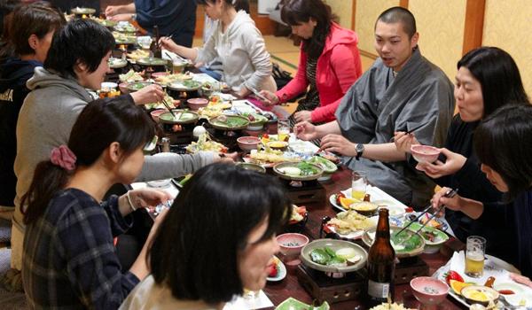 妙福寺ヨガリトリート:げんべいにて夕食